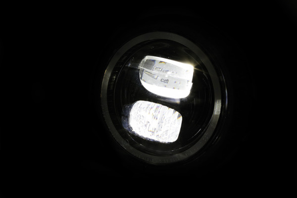 [223-223] 5 3/4 tum LED-strålkastare PECOS TYP 7 med positionsljusring, svart matt